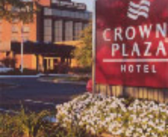 Crowne Plaza Hotel Boston - Natick Thumbnail