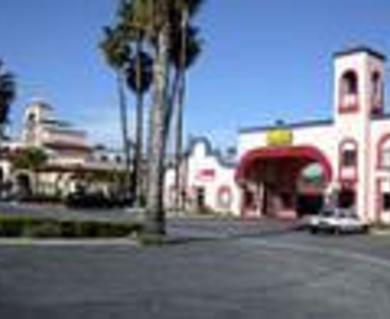 Photo of Best Inn & Suites Buena Park