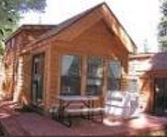 The setting of the cabins was ideal for our review of for Ponderosa cabins california