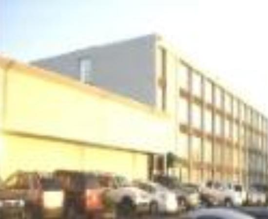 Photo of Americas Best Value Inn & Suites Homewood/Birmingham