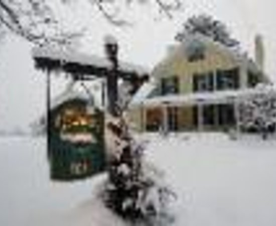 Photo of Meadowlark Inn Brattleboro