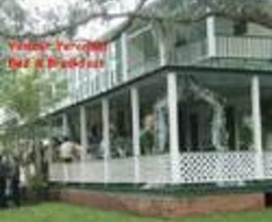 Photo of Valcour Verandas Bed and Breakfast Lake Jackson