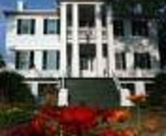 Photo of Holly Court Inn Washington