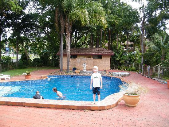 Country Comfort Coffs Harbour: The pool area