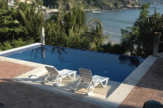 Photo of Bungalows La Madera Zihuatanejo