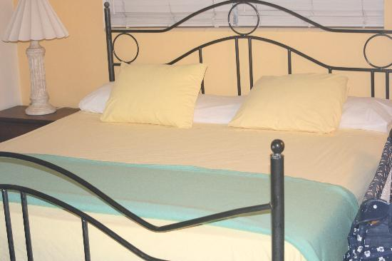Nous y retournerions volontier sandy shores motel pictures tripadvisor for Chambre a coucher lit king size