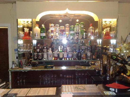 bar-with-all-the-drinks.jpg