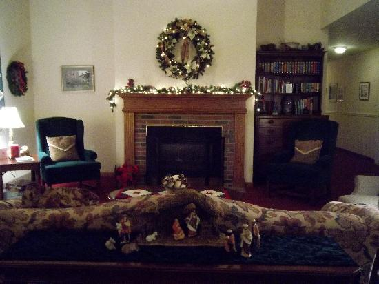 Houghton, NY: The lobby decorated for Christmas