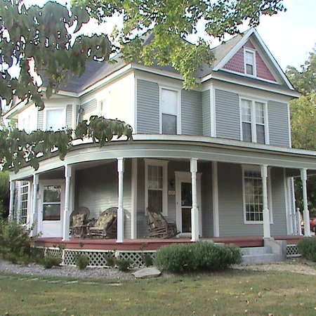 Old Coe House Bed and Breakfast