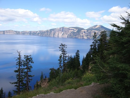 Parco nazionale di Crater Lake, OR: Beautiful lake