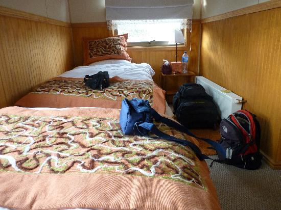 Keoken Patagonia Bed & Breakfast: our (uncomfortable) room