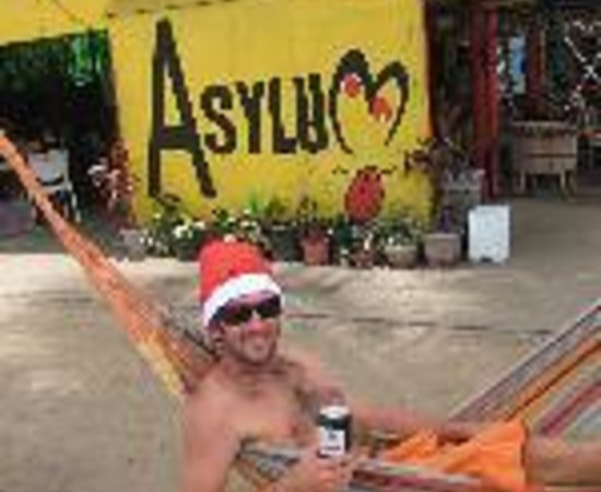 Asylum Cairns Backpacker Hostel Thumbnail