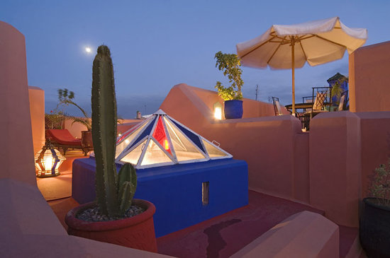 Riad Dar Eliane: The Roof Terrace at Sunset