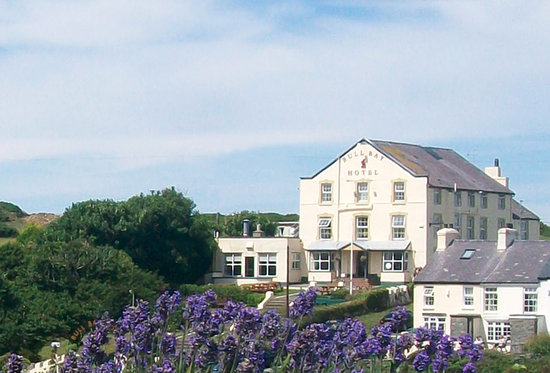 Bull Bay Hotel