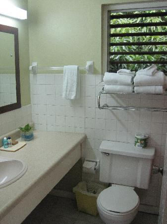 Toby's Resort: Bathroom