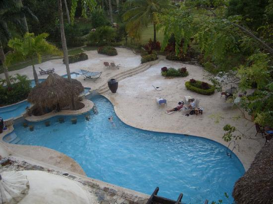 The Palace at Playa Grande: pool from 2nd floor