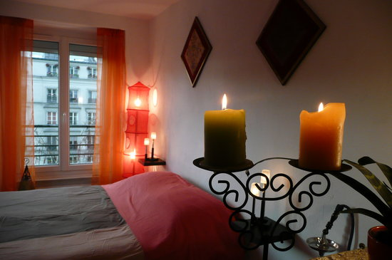 Folie Republique Guest Apartment