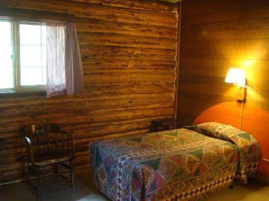 Colter Bay Village: Guest room