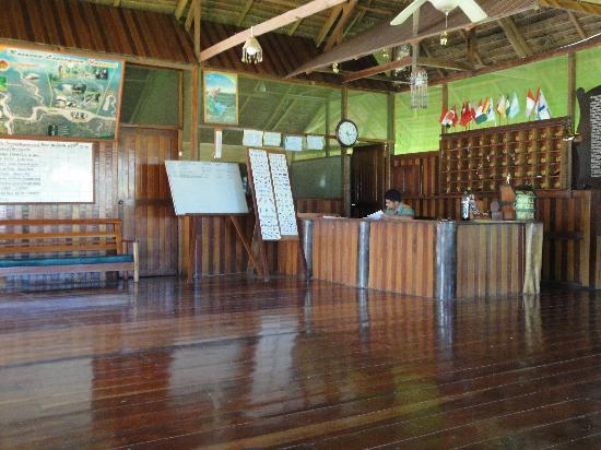 Tambopata National Reserve, Peru: Reception area