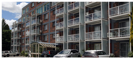 Adina Place City View Apartments