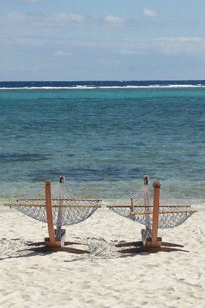 East End, Grand Cayman: relax on the beach