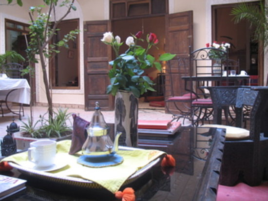 Marhbabikoum: le patio