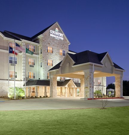 Photo of Country Inn & Suites Texarkana