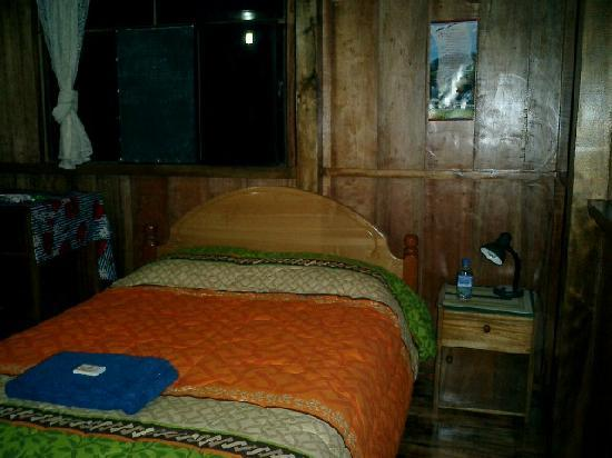 Hacienda San Vicente: My bedroom had double and single bed