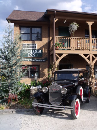Hemlock Inn