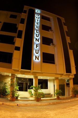 Photo of Hotel Lun Fun Manta