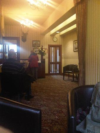 Kingussie, UK: Star hotel Reception area