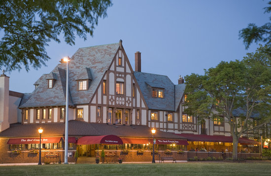 Photo of The Red Coach Inn Historic Bed and Breakfast Hotel Niagara Falls