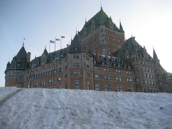 Auberge du Littoral: Chateu Frontenac