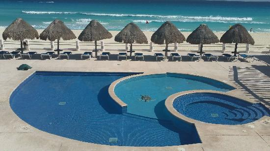 Great stay in 439 unit facility location care all for Villas marlin cancun