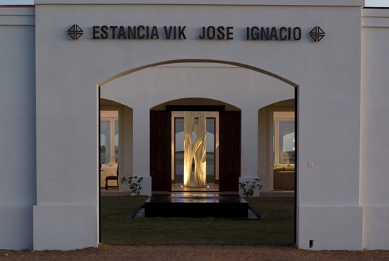 Estancia VIK Jose Ignacio: Main entrance and north courtyard