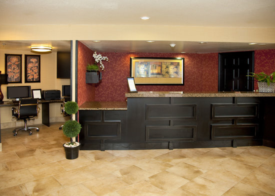 Comfort Inn Salt Lake City / Layton: Our Front Desk