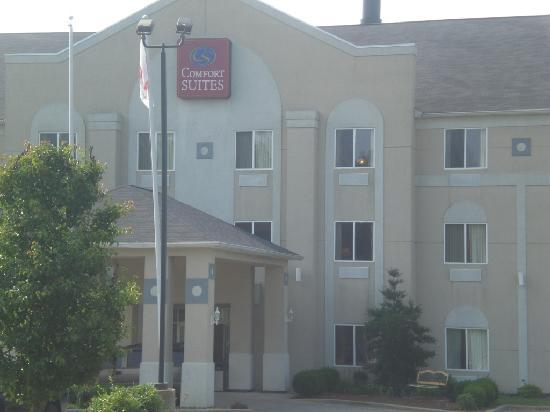 Quality Inn: Located at I-71 Exit 22