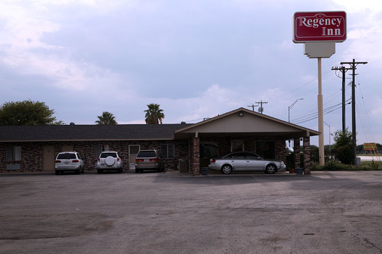 Photo of Regency Inn Hondo