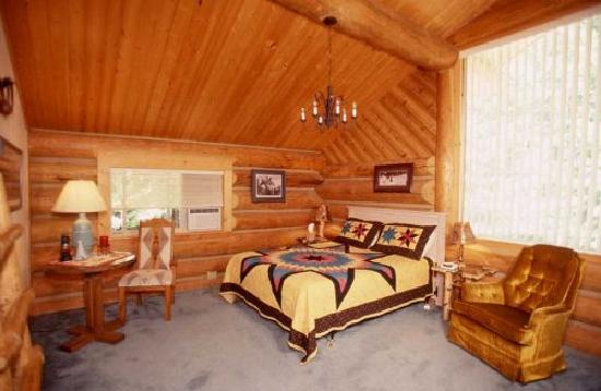Sandpoint, ID: One of six lodge rooms