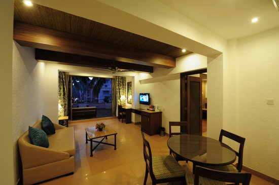 Adamo The Bellus Goa: Bellus suite living room with open lounge