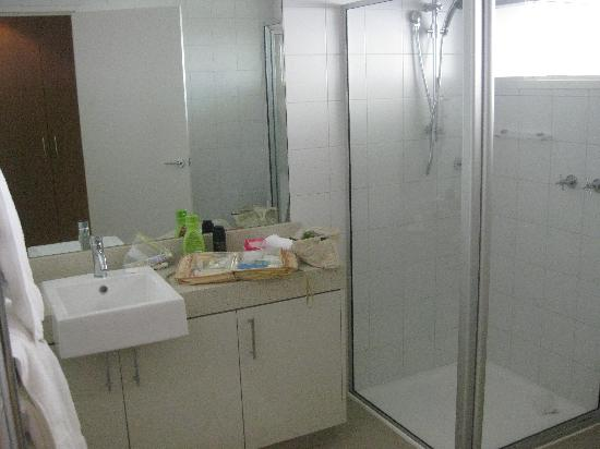 BEST WESTERN PLUS Brooklands of Mornington: bathroom