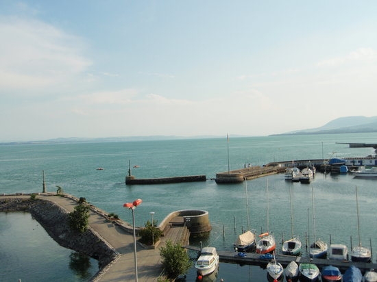 Neuchatel attractions