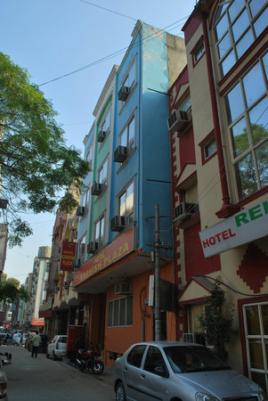 Hotel Kashish Plaza
