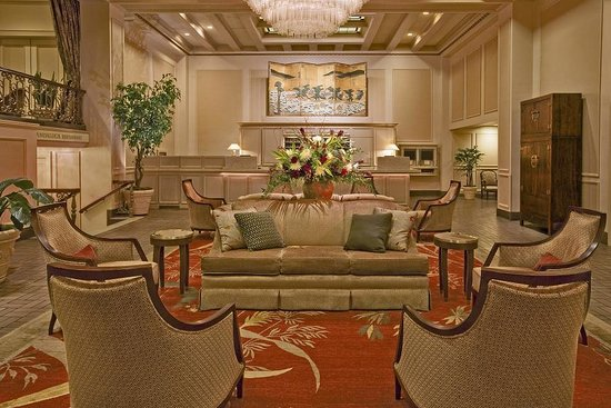 Mayflower Park: Hotel Lobby