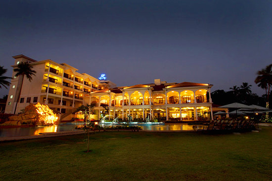 Resort Rio : Resort night view