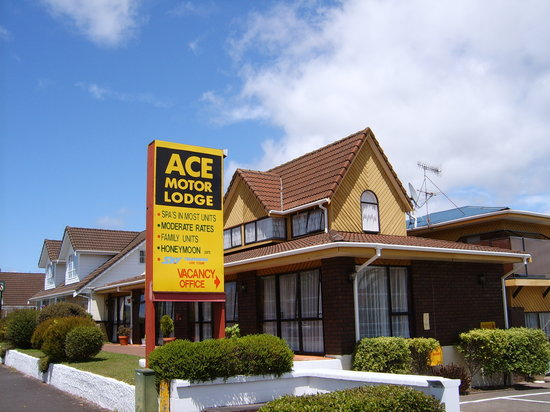 ‪Ace Motor Lodge‬
