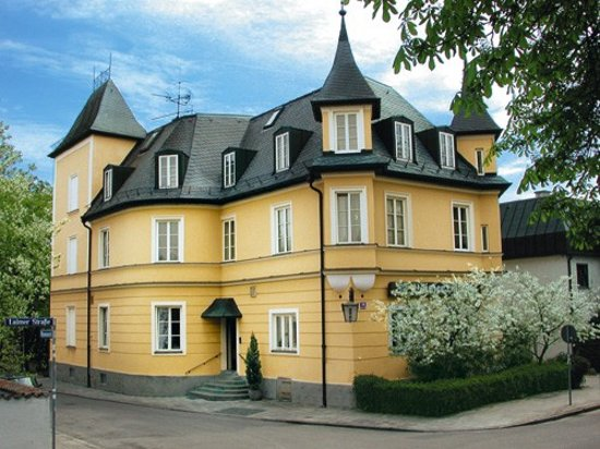 Hotel Laimer Hof: Hotel von Auen