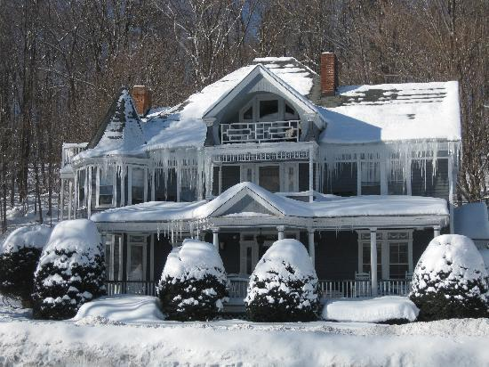 Cornell Inn Lenox: Sunny with a chance of Frigid