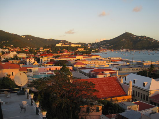Miller Manor Guest House: View over Charlotte Amalie