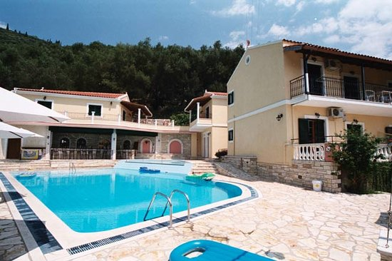 Photo of Dimitris & Frosso Apartments Kalami
